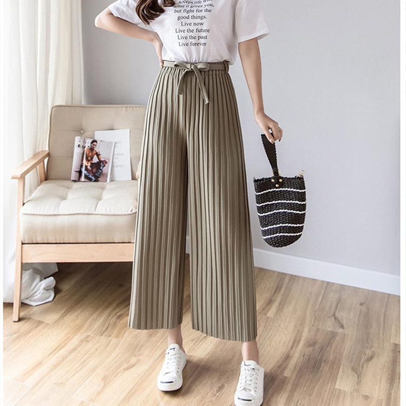 Real shot 2019 spring new Korean version of the women's pants with pleated wide-leg pants loose nine casual pants 4