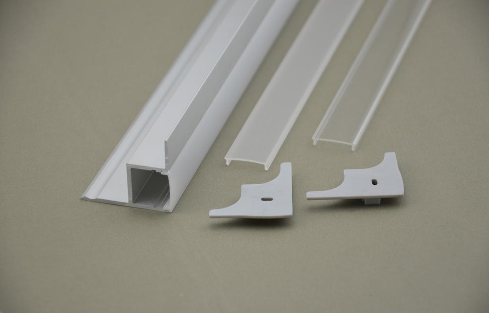 Hliníkový profil / kanál 45 cm rohový pro CABINET SHELF, Schodová LED, 10x1m, k dispozici pro opálový, poloprůhledný a průhledný kryt, koncový kryt
