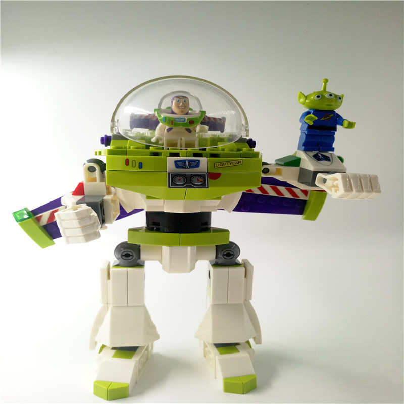 SY941 243pcs Toy story buzz lightyear mecha Compatible with Legoed Building Blocks bricks Educational Kids Toys children gifts 5pcs lots 2017 film extraordinary corps mecha five beast hand collection model toy