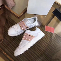 Flat Platform Lovers Shoes Luxury Casual Woman shoes 2018 Genuine Leather Rivet women Shoes High Quality Autumn winter Shoes