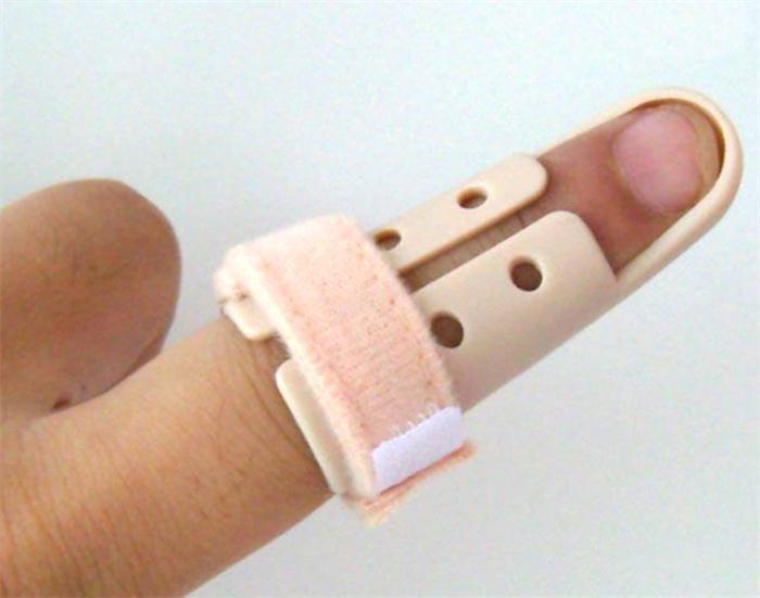 Hot 1Pc Plastic Hand Finger Splints Support Brace Mallet Splint for Broken Finger Joint Fracture Pain Protection Adjustable Hook 3
