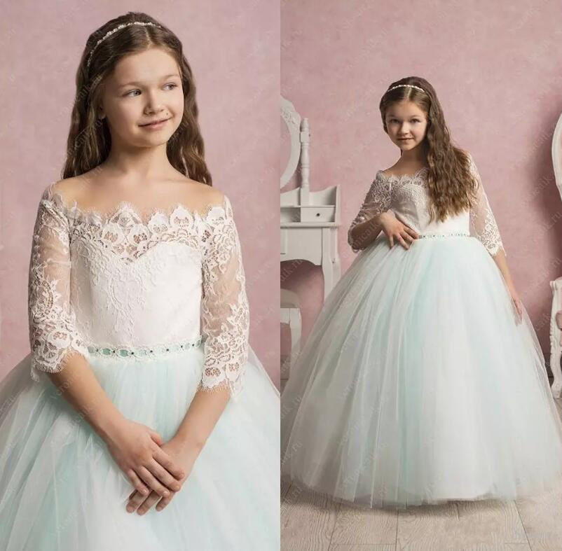 2017 Lovely White Lace Flower Girls Dresses For Weddings Off Shoulder Short Sleeves Tulle Floor Length Ball Gown