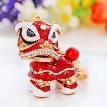Pěkný přívěsek na klíče – lev čínského stylu s krystaly