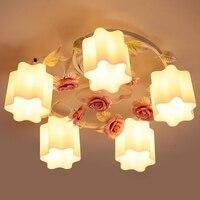 Современные цветочные потолочные светильники деревенские кованные железные цветы и светильники освещение стекло абажур керамика Роза пот
