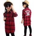 Большие девочки рубашки осень Новый стиль одежды с длинным рукавом детей одежда мода свободного покроя стиль девушка клетчатые рубашки ребенок