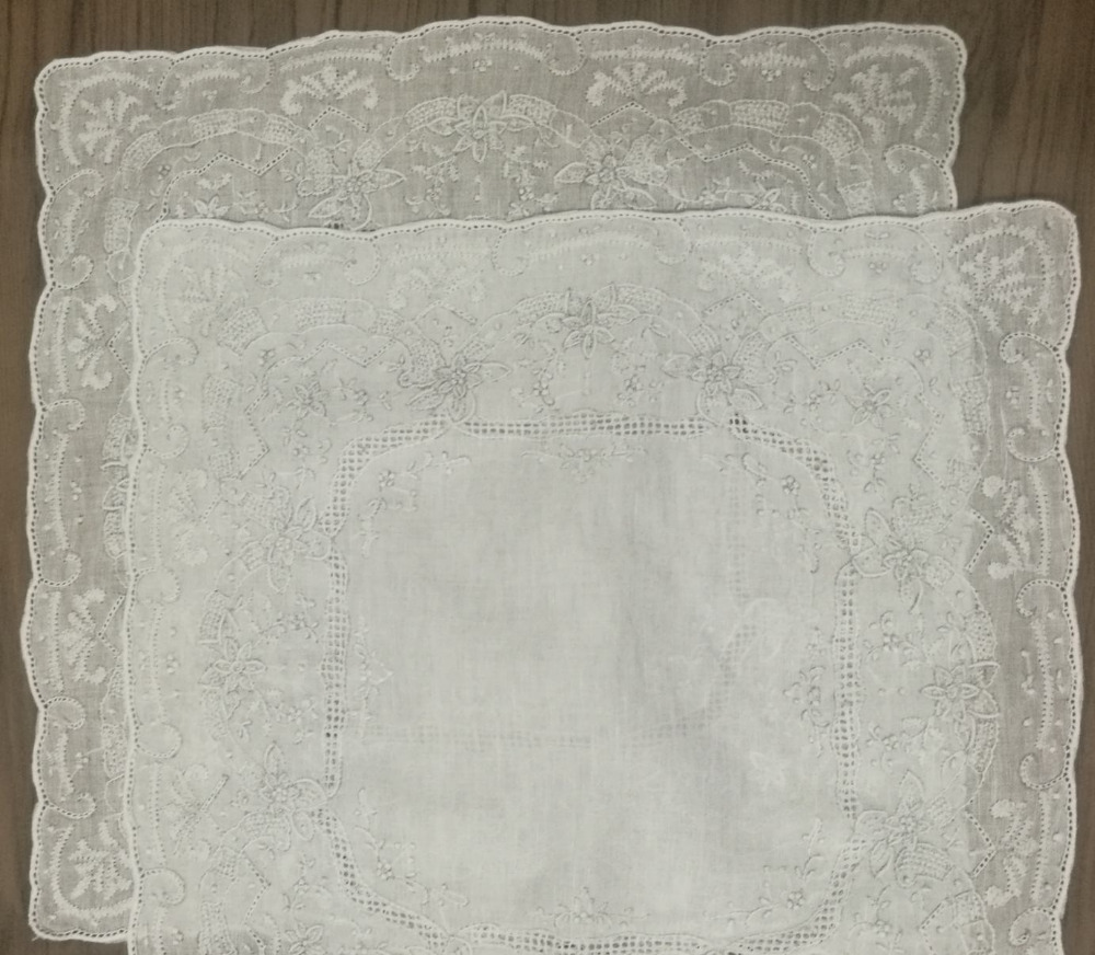 "2PCS/Lot Novelty Women's Handkerchiefs 11.5x11.5""White Linen Handkerchief Embroidered Vintage Floral Hankies Hanky For Bride"