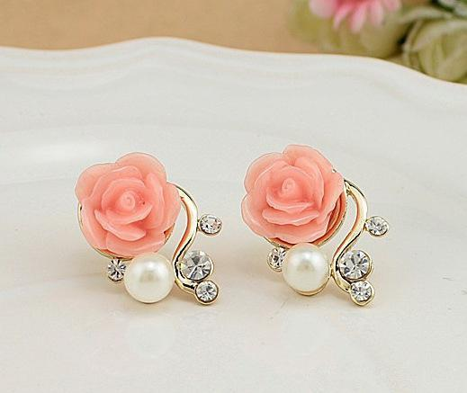 Christmas Gift Pearl Rose Flower Beads Crystal Vintage Earrings For Women OL Style Cute Sweet Stud Earrings Fashion Fine Jewelry