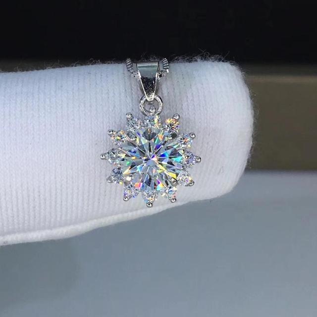 Poetry Of Jew Store Round Silver Moissanite Pendants 1ct D VVS Luxury Moissanite Weding Pendants for Women
