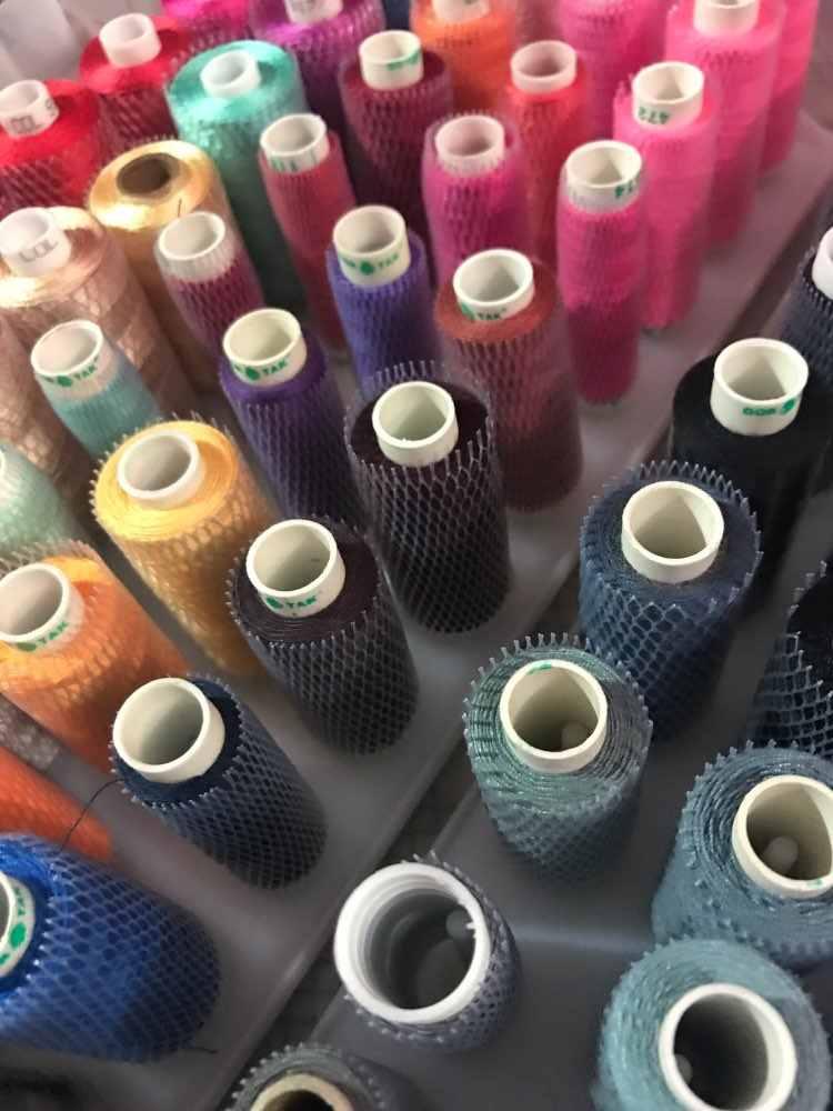 Simthread 50 штук вышивка нить сеть 12 см длинные носки катушки предотвращает размотку идеально подходит для маленьких/больших конусов