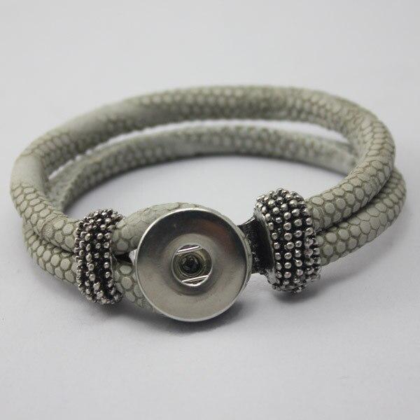 310ee72a916 6 pçs lote frer envio gratuito de pressão 2014 Nova Moda Para as mulheres  homens pulseira Jóias DIY fit 18mm tamanho 1 botão para pulseira de couro