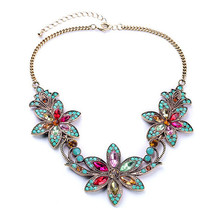 Luxury smmer hot trendy metal flower maxi colar necklace short vintage boho gem crystal statement necklaces & pendant women
