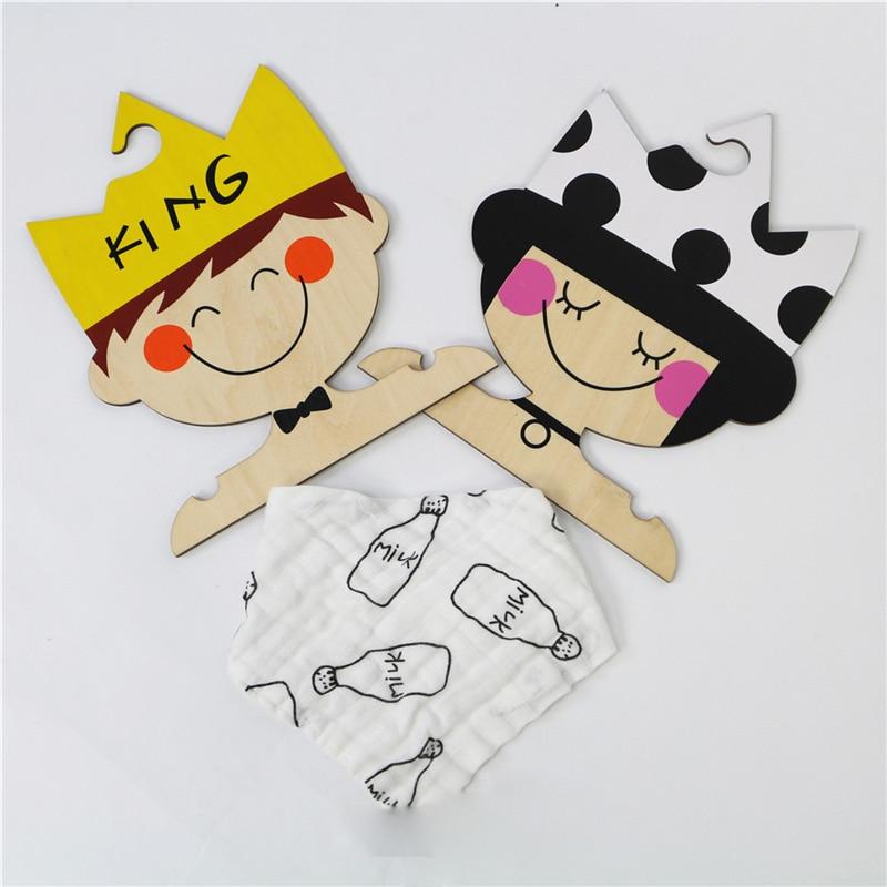 Скандинавски INS Дървени прекрасни крал / принцеса / момиче стена закачалки детска стая декорация ръчно изработени детски дрехи закачалки