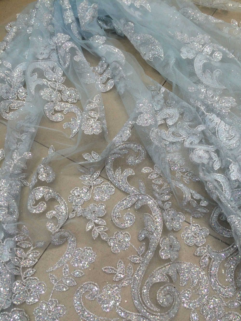 Unikalne cici 52727 afrykańska francuska koronka siatkowa tkaniny na sprzedaż klejone brokat koronki tkaniny na sukni ślubnej w Koronka od Dom i ogród na  Grupa 1