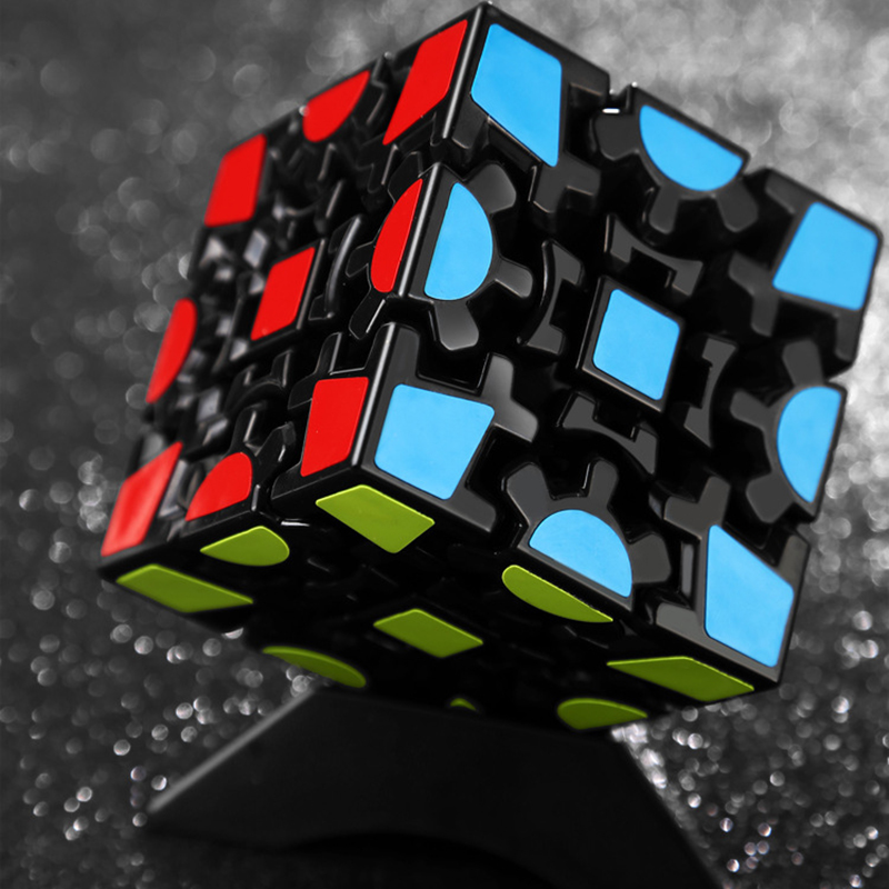 Creative 3x3x3 Gear Magic Cube 5.6 CM Profession Smooth Speed Twist Magic Cube Strange-Shaep Grar Sticker Cube For Kids Toy Gift