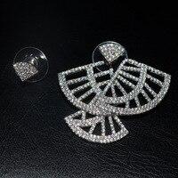 Yeni tasarım micro pave kristal sektörü asimetrik küpe çıtçıt, kadın küpe aretes buklet d' oreille femme pendante takı