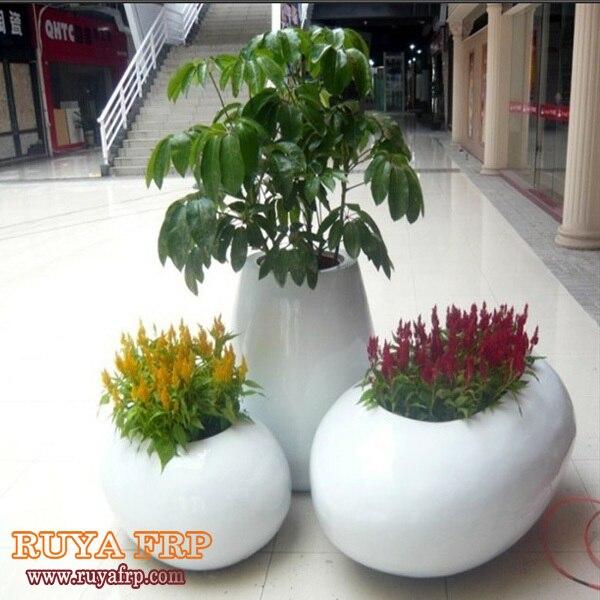 225 & US $117.0  Fiberglass garden planterResin outdoor flowerpotFRP landscaping plant pot في Fiberglass garden planterResin outdoor flowerpotFRP ...