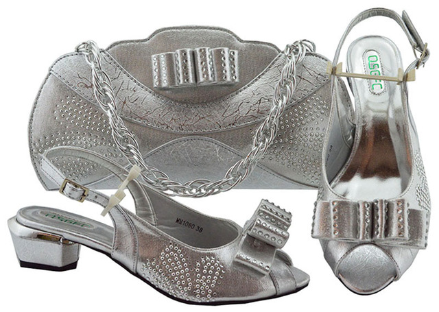 Silver Italian Shoes with Matching Bags Set Decorated with Rhinestone Matching Italian Shoe and Bag Set Nigerian Women Shoe