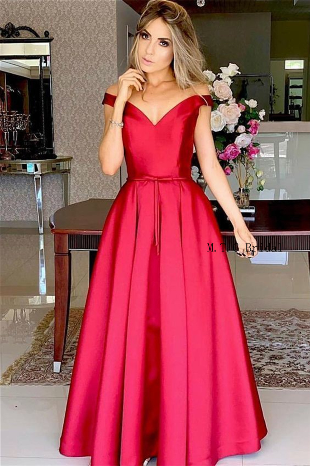 Elegant Red Long   Prom     Dresses   Off The Shoulder Boat Neck A Line High Quality Satin Evening Gowns 2019 Custom Made Robe De Soiree