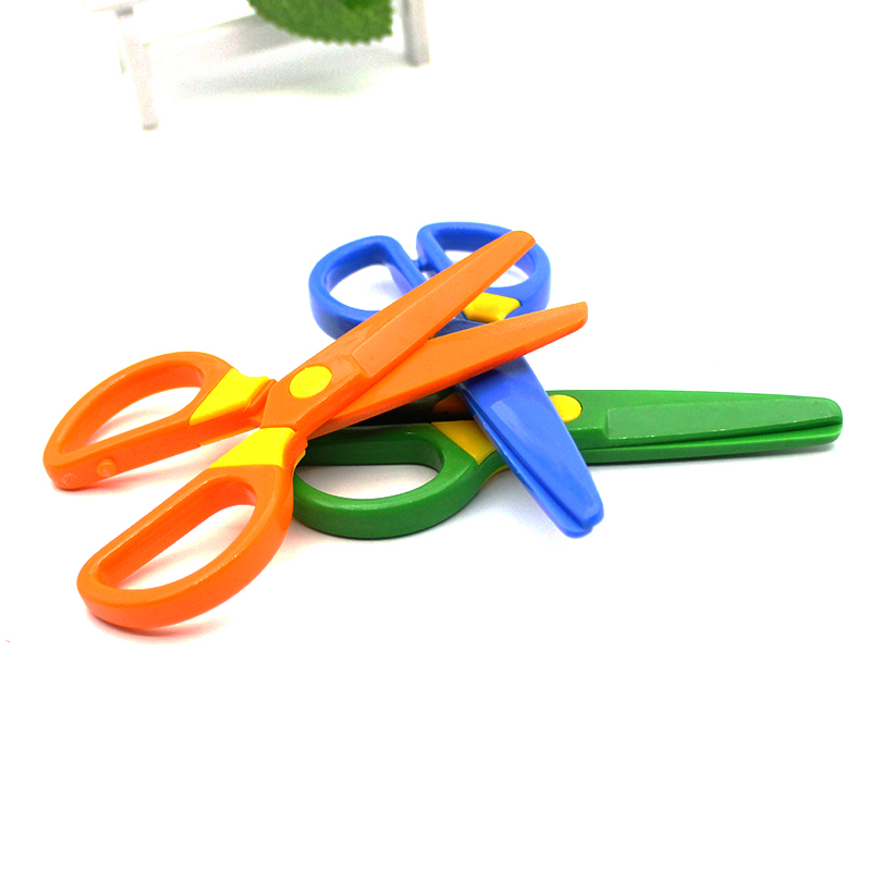 New 1 Piece Mini Safety Round Head Full Plastic Scissors Student Children's Paper-cut Children's Toys Supply Kindergarten School