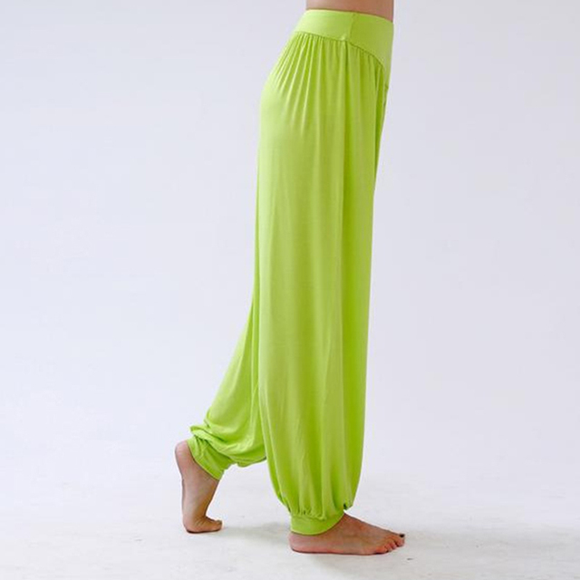 Casual Women Pleated Capris Solid Loose Bloomers Wide Leg Pants, Fitness Dance Wears Capri Trousers For Women Plus Size TL44