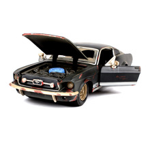 1:24 Simulation Diecast Alloy Sport Car Model Toy For Ford Gt 1967 With Steering Wheel Control Front Wheel Steering For Children maisto 1 24 ford mustang gt 1967 diecast model car toy cars model vintage car