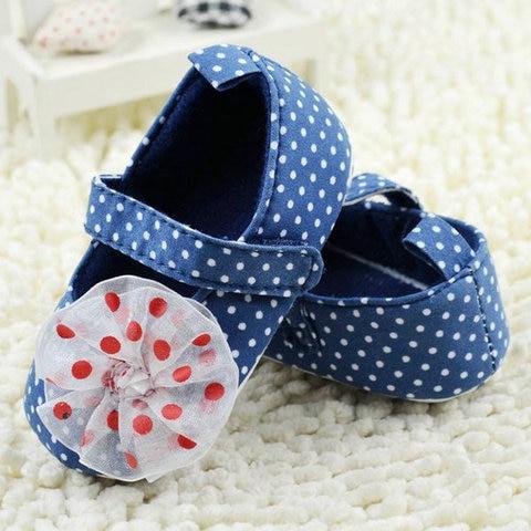 Infant Baby Shoes children shoes Comfortable Soft Sole kids shoes first walkers lace Karachi
