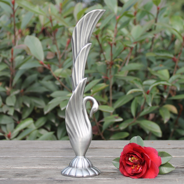 Keybox New Arrivals Pewter Plated Metal Swan Vase Crafts For Home