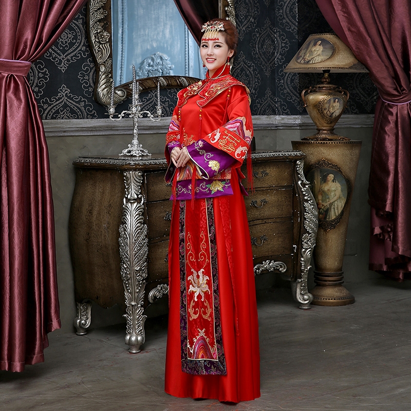 19bd73173 Studio theme clothing Xiu big red cheongsam dress code toast the bride  wedding dress clothes costume Chinese L10-in Cheongsams from Novelty &  Special Use on ...