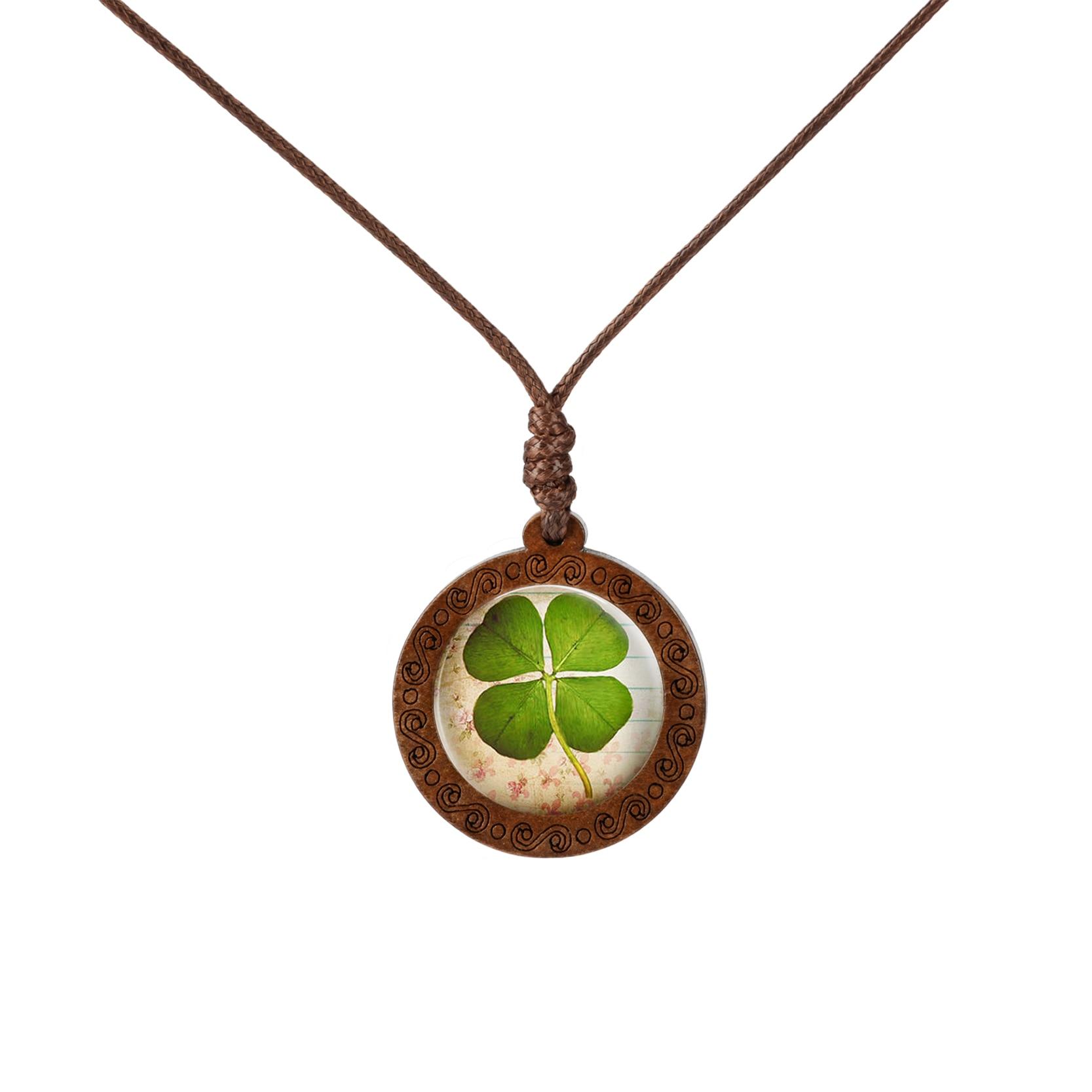 Fashion Wood Necklace Dandelion Four-leaf Clover Glass Cabochon Necklace Sun Pattern Jewelry Art Picture Necklace Pendant