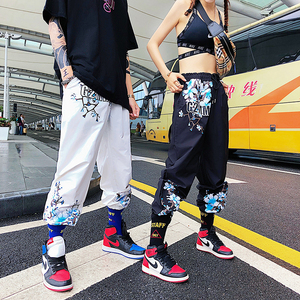 Image 3 - 2019 Fashion Design Crane Peach Flower Print Harlan Pants Men and Women Universal Leisure Sports Pants Skateboard Pants