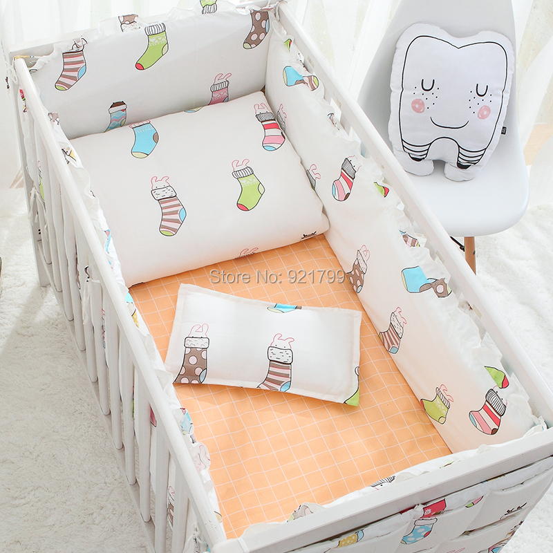 Newborn Baby Gift Christmas Stocking Bedding kit Bumpers Rod Bed Accessories Baby Crib Bumper Sets Sheet Duvet Cover Safety 8pcs