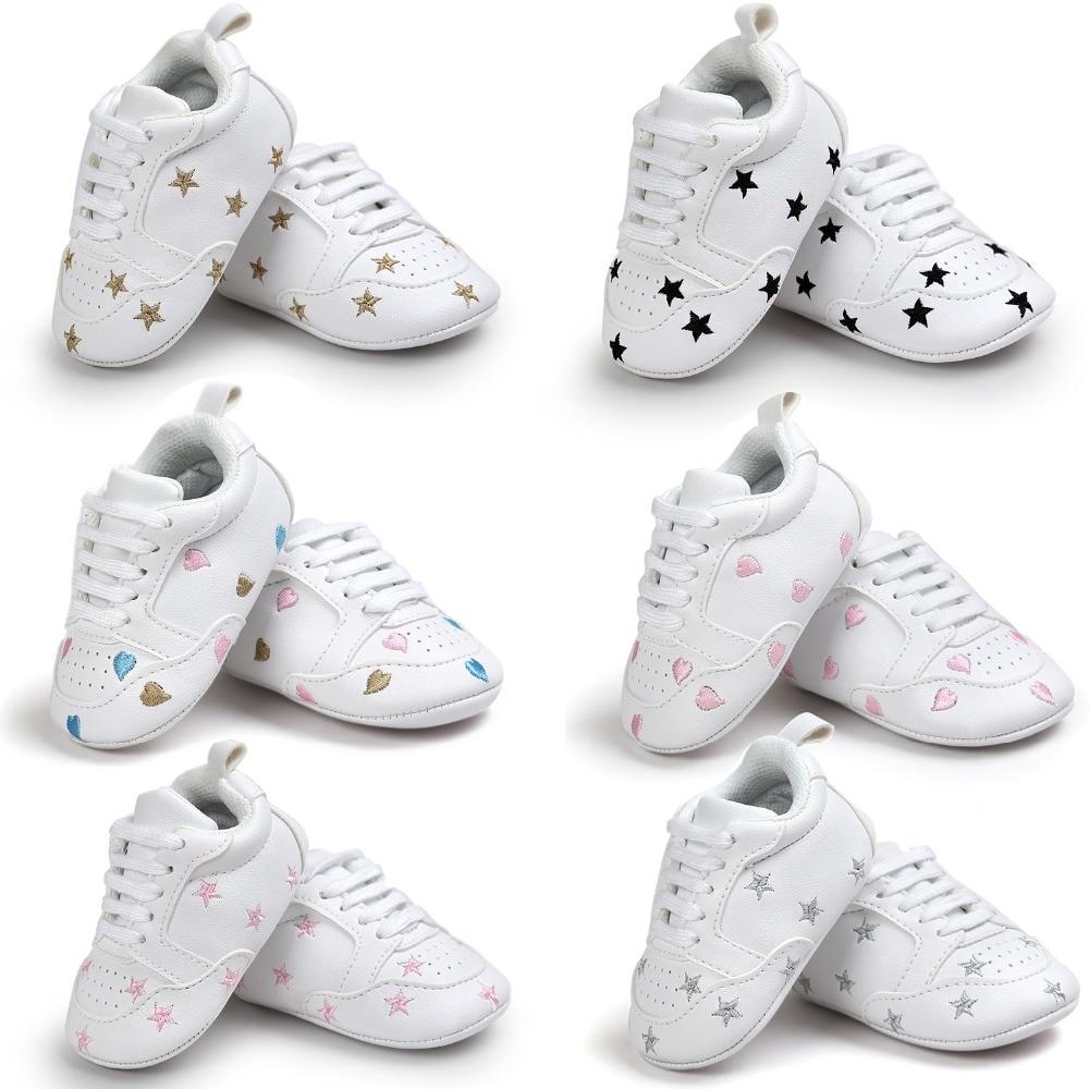 PU cuir filles garçons First Walkers coeur et étoiles chaussures Soft Bottom Antidérapant Mode Nouveau-Né Marque Chaussures Shoes.CX27C