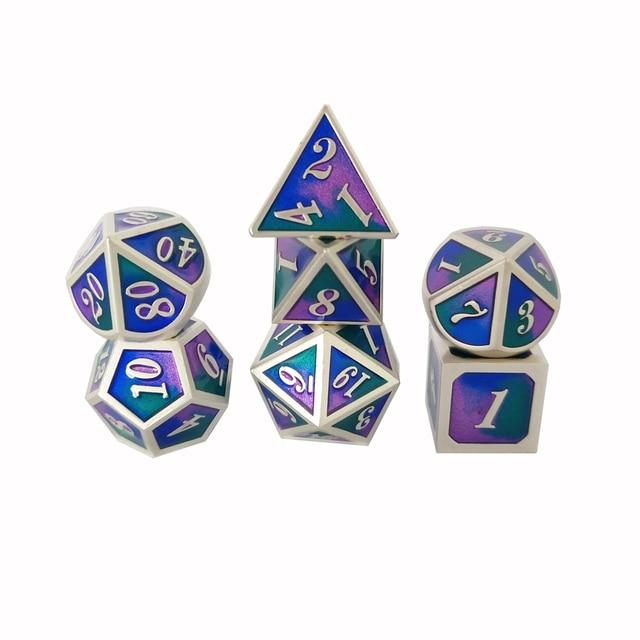 Factory Outlet Nova fonte Dungeons & Dragons 7 pçs/set Criativo Dice RPG D & D Dados Do Metal conjunto azul transparente