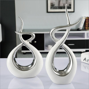 Modern European Ceramic Lover Shape Desktop Ornaments Home Furnishing Decoration Crafts Art Wedding Gifts Figurines Office Decor 1