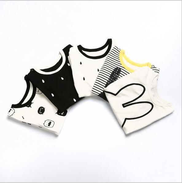Мультфильм Кролик Случайные Детская Одежда 2 шт. хлопок спортивный костюм для девочек Белый Медведь мальчиков одежда футболка + брюки детская одежда наборы