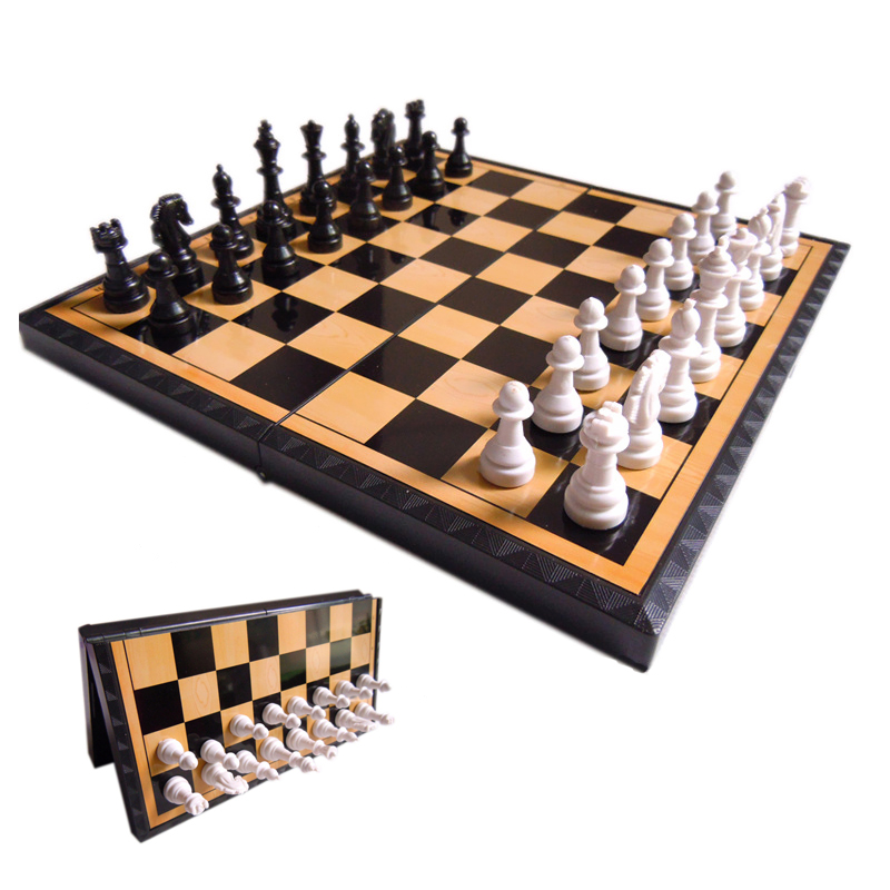 BSTFAMLY plastic chess set, portable game of international chess, magnetic folding chessboard king height 40mm chess game, LA51