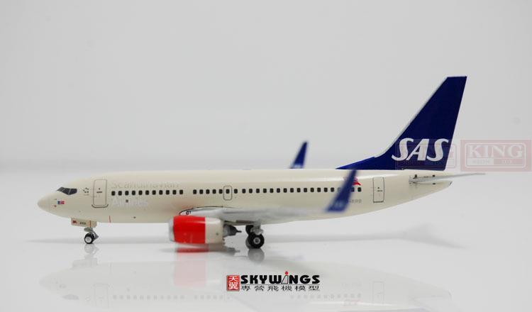 Phoenix 10614 B737-700/w LN-RRB 1:400 commercial hobby jetliners plane model