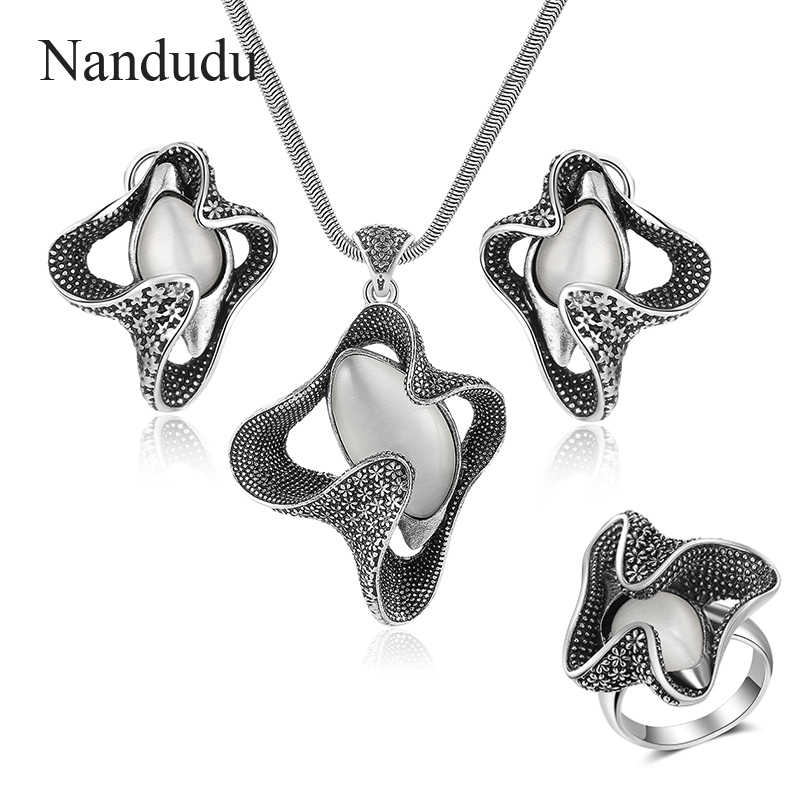 Nandudu Vintage Metal with Opal Stone Pentant Necklace Earrings Rings Jewelry Sets Rock Punk Style Jewelry Series for Women Gift