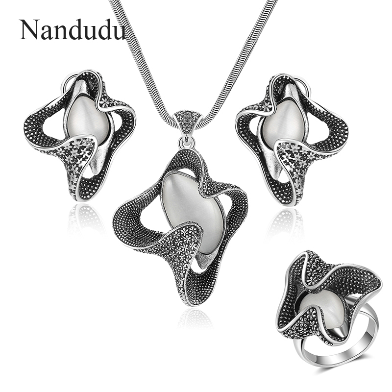 Nandudu Vintage Metal with Opal Stone Pentant Necklace Earrings Rings Jewelry Sets Rock Punk Style Jewelry Series for Women Gift vintage faux opal floral necklace jewelry for women