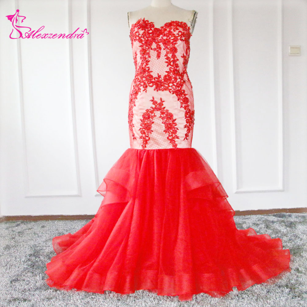31f103ba09 Alexzendra Red Sereia Vestidos de Baile Querida Applique Beads Vestidos de  Noite Plus Size