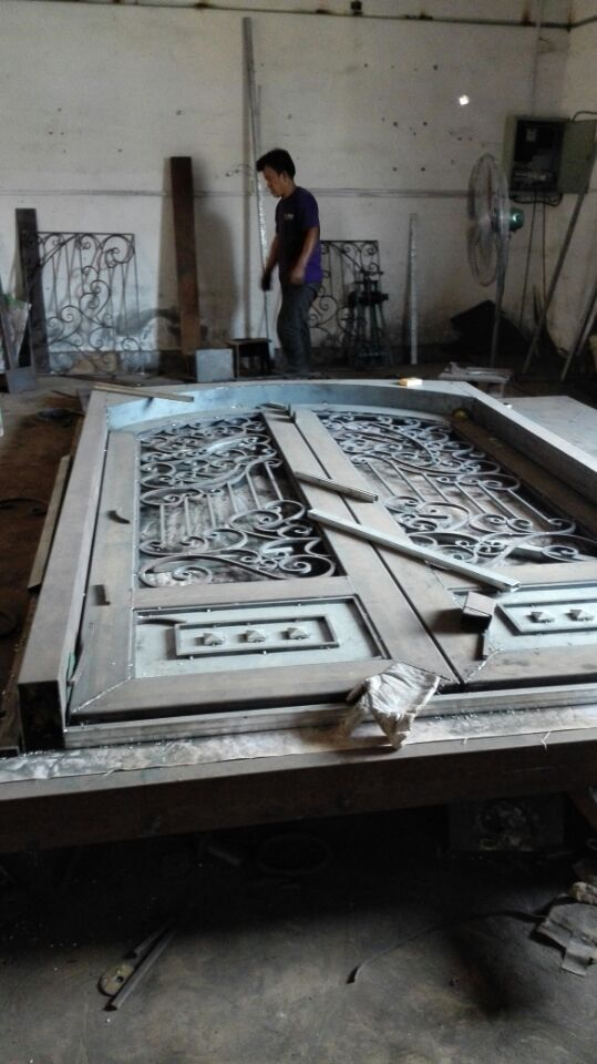 Shanghai China factory wrought Iron doors 72x96 inches hench ard3