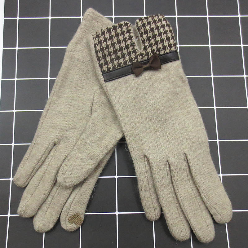 ced8df94482b9 Fashion Elegant Female Wool Touch Screen Gloves Winter Women Warm Cashmere  Full Finger Leather Bow Dotted embroidery Gloves A29-in Women's Gloves from  ...