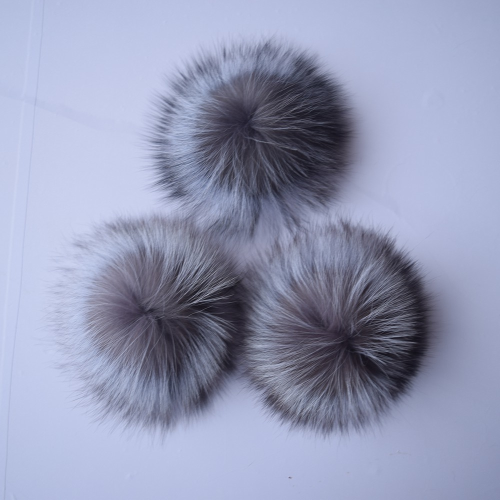 Beanie Time-limited Dot 3pcslot 2017 Big Genuine Real Fox Fur Pompom Pom Poms Hair Accessories Pompon Ball For Shoes Hats Bags alphbet pompom fashion for car 12cm fluffy real fox fur pompon key ring keychain for bag accessory