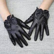 Leather Gloves Female Autumn Winter Real Sheepskin Short Style Fashion Butterfly Knot Womans Driving WL08