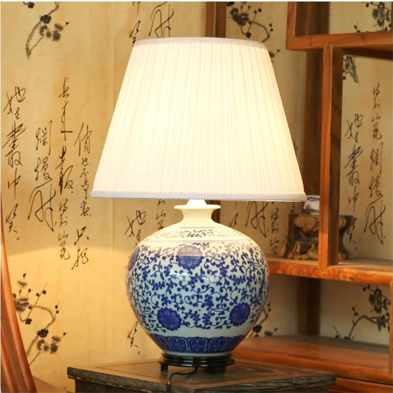 chinois vintage classique blanc bleu porcelaine lampe de. Black Bedroom Furniture Sets. Home Design Ideas