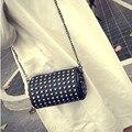 PU de Cuero de moda remache bolsa pequeña cadena circular bolso fresco Bolsas de Mensajero de las mujeres diarias bolsos Mini bolso de hombro negro