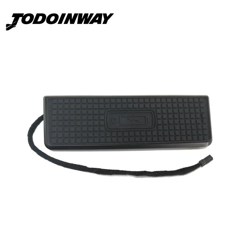Car charger QI wireless di ricarica veloce pannello center console caso di ricarica del telefono del supporto per BMW 3 Serie F30 320i 328i per il iphone