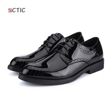 2017 New Arrival Retro Men Steampunk Shoes Shiny Patent Leather Pointed Toe Dress Shoes Mens Wedding Calcados Black Red Burgundy