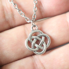 Vintage Silver Irish Triquetra Knot Necklaces Triangle Pendant Necklace Bijoux Female Choker Collier Wiccan Pagan Gothic