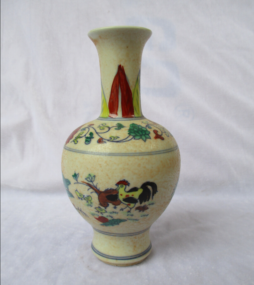 Home Decoration High Quality Chinese Antique Ming Dynasty The Chenghua Porcelain Vase Classic